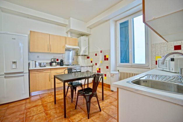 location-vacances-biarritz-agence-olaizola-appartement-centre-ville-impasse-rez-de-chaussee-tastoua-009
