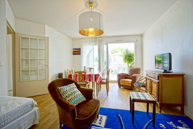 location-vacances-biarritz-agence-olaizola-appartement-centre-ville-terrasse-parking-plage-a-pied-005