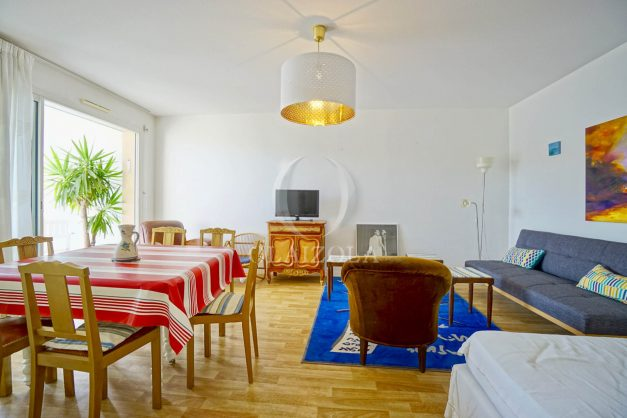 location-vacances-biarritz-agence-olaizola-appartement-centre-ville-terrasse-parking-plage-a-pied-007