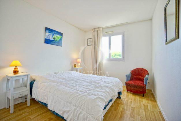 location-vacances-biarritz-agence-olaizola-appartement-centre-ville-terrasse-parking-plage-a-pied-012