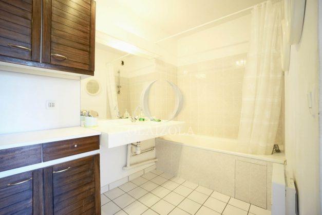 location-vacances-biarritz-agence-olaizola-appartement-centre-ville-terrasse-parking-plage-a-pied-014