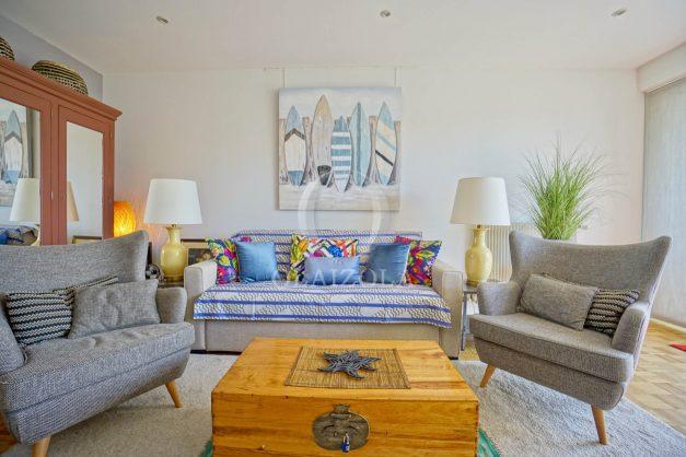 location-vacances-biarritz-appartement-type-2-balcon-centre-ville-vue-toit-2021-008