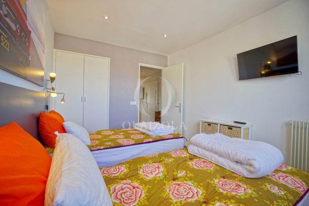 location-vacances-biarritz-appartement-type-2-balcon-centre-ville-vue-toit-2021-018