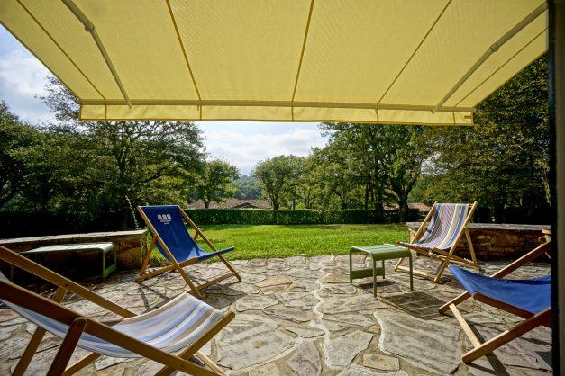 Magnifique-villa-V5-stjean-luz-8personnes-piscine-jardin-nature-001