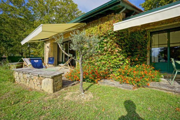 Magnifique-villa-V5-stjean-luz-8personnes-piscine-jardin-nature-006