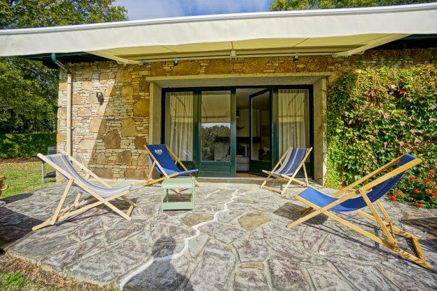 Magnifique-villa-V5-stjean-luz-8personnes-piscine-jardin-nature-007