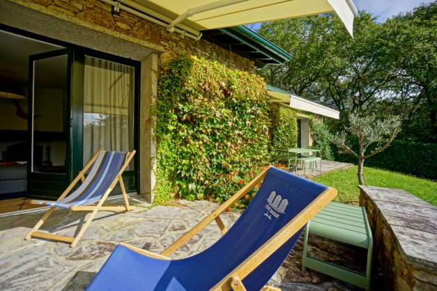 Magnifique-villa-V5-stjean-luz-8personnes-piscine-jardin-nature-008