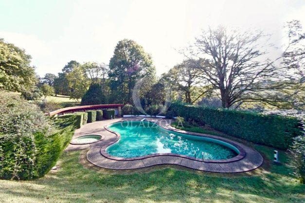 Magnifique-villa-V5-stjean-luz-8personnes-piscine-jardin-nature-048