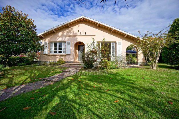 Villa-V5-Biarritz-location-grand-jardin-terrases-paisible-vacance-002