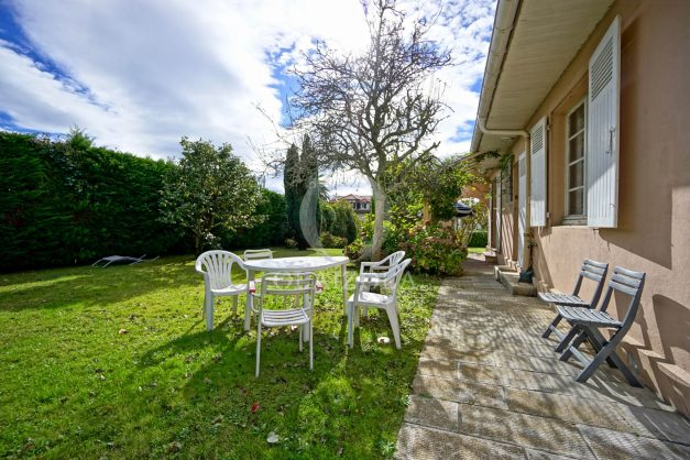 Villa-V5-Biarritz-location-grand-jardin-terrases-paisible-vacance-008