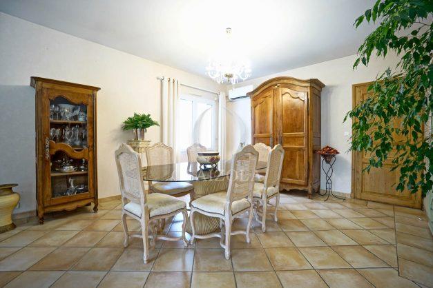 location-vacances-biarritz-villa-plain-pied-4pieces-piscine-barbeucue-jardin-spacieuse-sud-05-2021-23