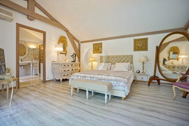 location-vacances-biarritz-villa-plain-pied-4pieces-piscine-barbeucue-jardin-spacieuse-sud-05-2021-31
