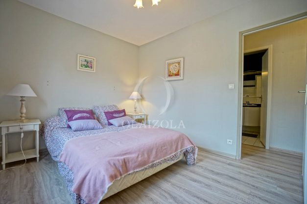 location-vacances-biarritz-villa-plain-pied-4pieces-piscine-barbeucue-jardin-spacieuse-sud-05-2021-41