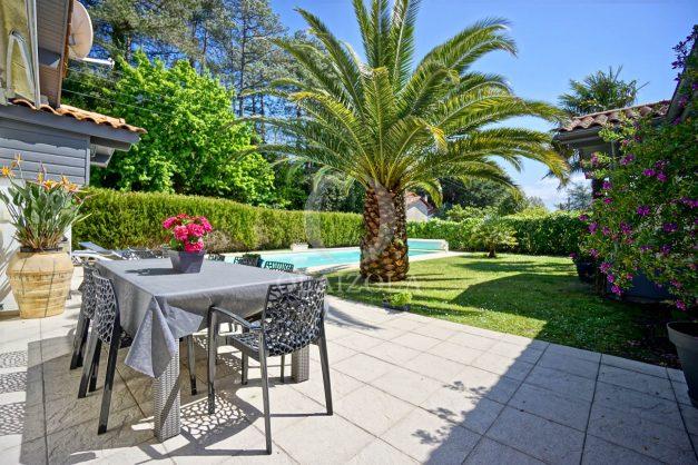 location-vacances-biarritz-villa-plain-pied-4pieces-piscine-barbeucue-jardin-spacieuse-sud-05-2021-9