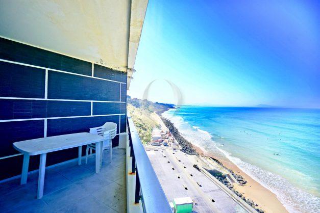 location-vacances-agence-olaizola-studio-biarritz-côte-des-basques-vue-mer-centre-ville-plage-a-pied-002