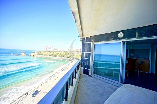 location-vacances-agence-olaizola-studio-biarritz-côte-des-basques-vue-mer-centre-ville-plage-a-pied-003