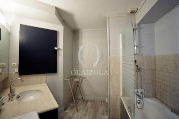 location-vacances-agence-olaizola-studio-biarritz-côte-des-basques-vue-mer-centre-ville-plage-a-pied-010
