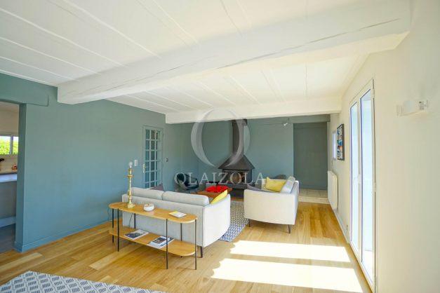 location-vacances-bidart-olaizola-maison-piscine-jardin-4-chambres- 8 personnes-centre-ville-plages-garage-018