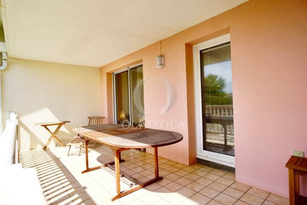 location-vacances-agence-olaizola-2-pieces-beaurivage-biarritz-terrasse-proche-plage-011
