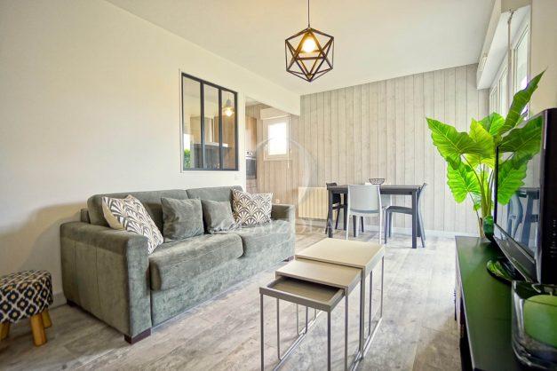 location-vacances-bidart-t-3-jardin-terrasse-piscine-proche-plage-et-village-parking-012