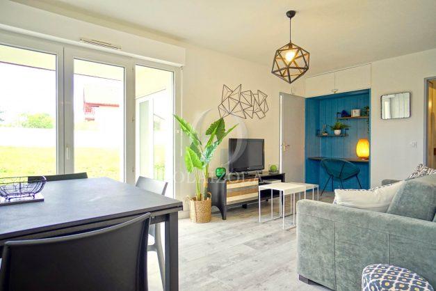 location-vacances-bidart-t-3-jardin-terrasse-piscine-proche-plage-et-village-parking-015