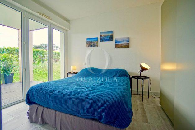 location-vacances-bidart-t-3-jardin-terrasse-piscine-proche-plage-et-village-parking-027