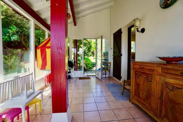 location-vacances-villa-bidart-agence -olaizola-jardin-jaccuzi-proche-plage-village-a-pied-011