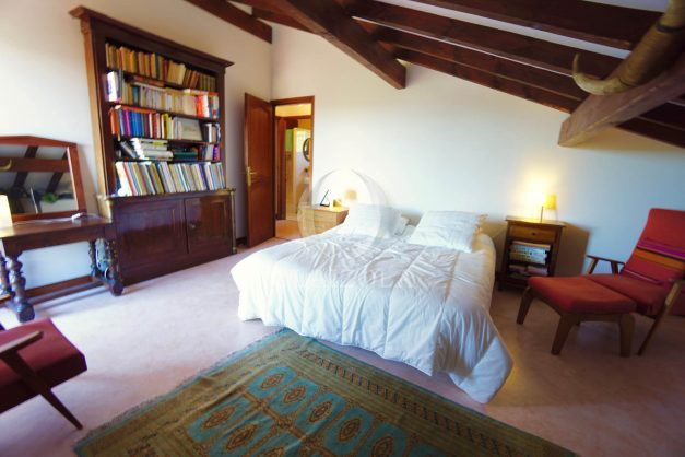 location-vacances-villa-bidart-agence -olaizola-jardin-jaccuzi-proche-plage-village-a-pied-029