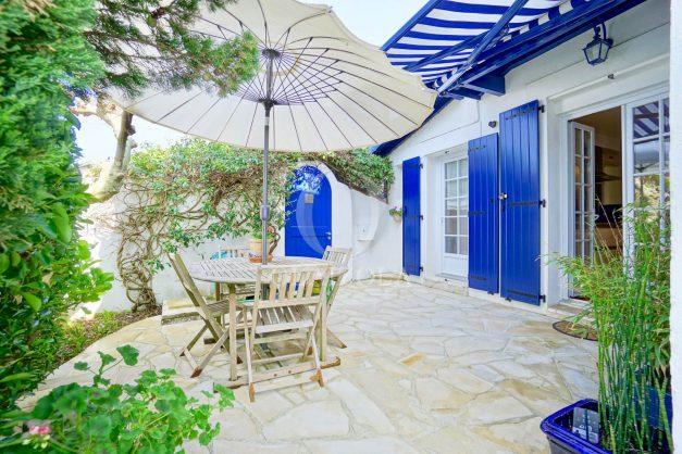 location-vacances-anglet-agence-olaizola-maison-jardin-parking-terrasse-proche-cinq-cantons-plage-centre-ville-001