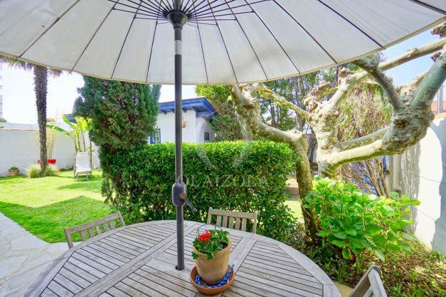 location-vacances-anglet-agence-olaizola-maison-jardin-parking-terrasse-proche-cinq-cantons-plage-centre-ville-005