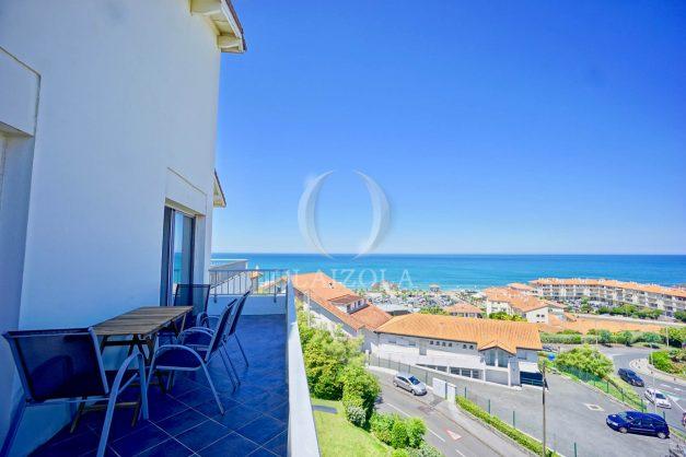 location-vacances-anglet-appartement-vue-mer-2pieces-terrasse-piscine-parking-002
