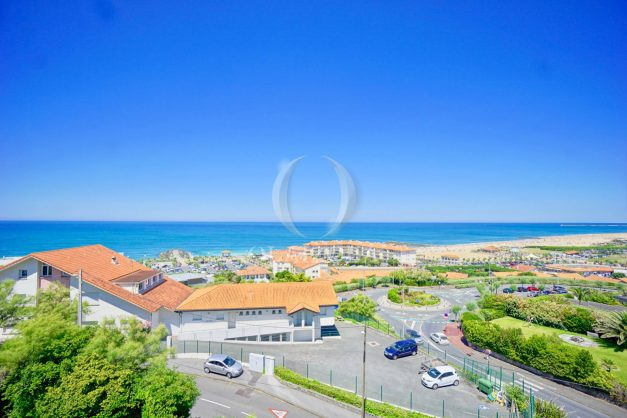 location-vacances-anglet-appartement-vue-mer-2pieces-terrasse-piscine-parking-007