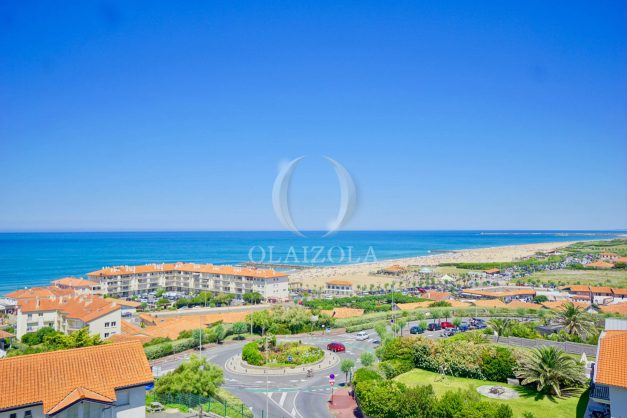 location-vacances-anglet-appartement-vue-mer-2pieces-terrasse-piscine-parking-008