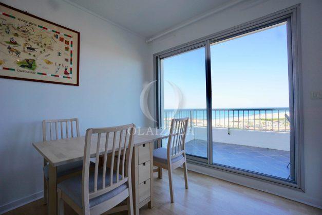 location-vacances-anglet-appartement-vue-mer-2pieces-terrasse-piscine-parking-014