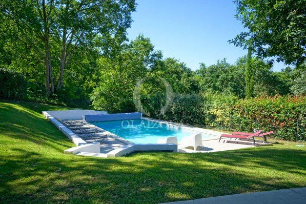 location-vacances-bassussary-villa-luxe-piscine-5-chambres-10-personnes-proche-golf-plage-biarritz-terrasses-2019-003011