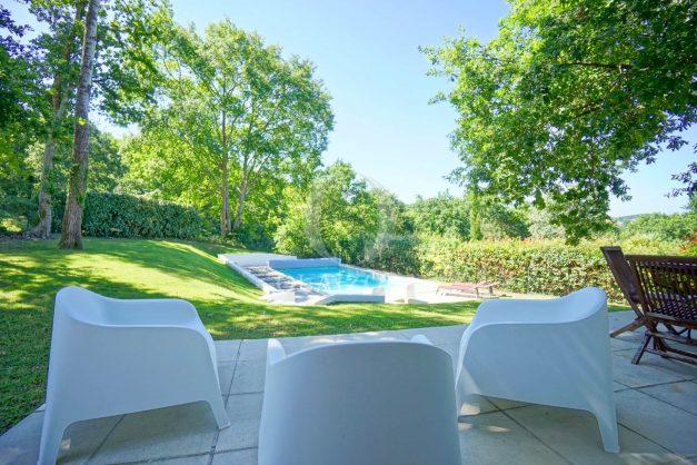location-vacances-bassussary-villa-luxe-piscine-5-chambres-10-personnes-proche-golf-plage-biarritz-terrasses-2019-003012