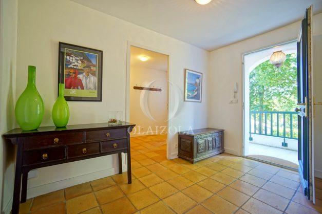 location-vacances-bassussary-villa-luxe-piscine-5-chambres-10-personnes-proche-golf-plage-biarritz-terrasses-2019-003034