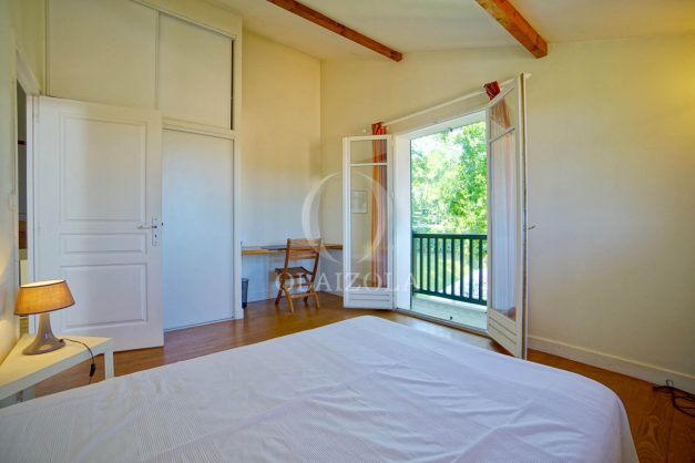 location-vacances-bassussary-villa-luxe-piscine-5-chambres-10-personnes-proche-golf-plage-biarritz-terrasses-2019-003036