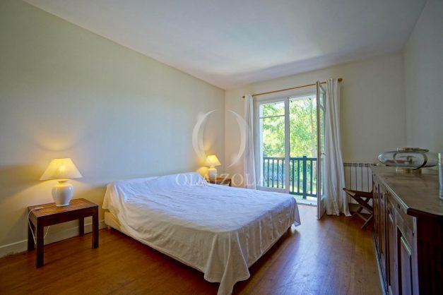 location-vacances-bassussary-villa-luxe-piscine-5-chambres-10-personnes-proche-golf-plage-biarritz-terrasses-2019-003046