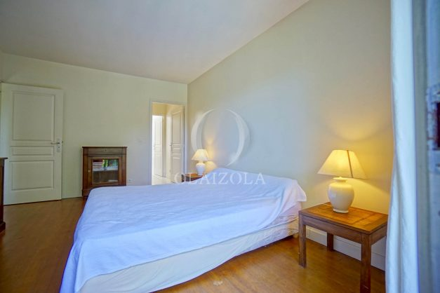 location-vacances-bassussary-villa-luxe-piscine-5-chambres-10-personnes-proche-golf-plage-biarritz-terrasses-2019-003048