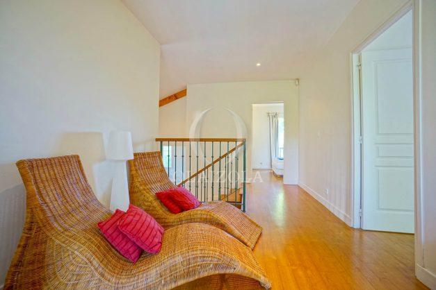 location-vacances-bassussary-villa-luxe-piscine-5-chambres-10-personnes-proche-golf-plage-biarritz-terrasses-2019-003056