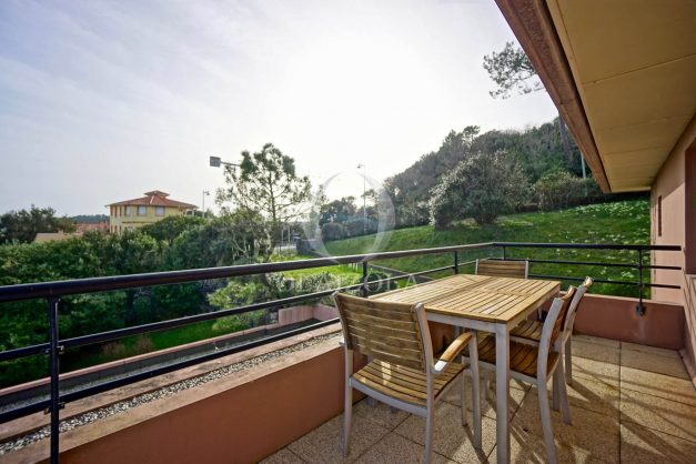 location-vacances-bidart-appartement-3pieces-vue-mer-golf-balcon-moderne-roseraie-ilbarritz-004