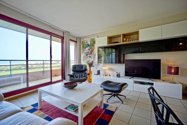 location-vacances-bidart-appartement-3pieces-vue-mer-golf-balcon-moderne-roseraie-ilbarritz-009