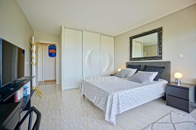location-vacances-bidart-appartement-3pieces-vue-mer-golf-balcon-moderne-roseraie-ilbarritz-019