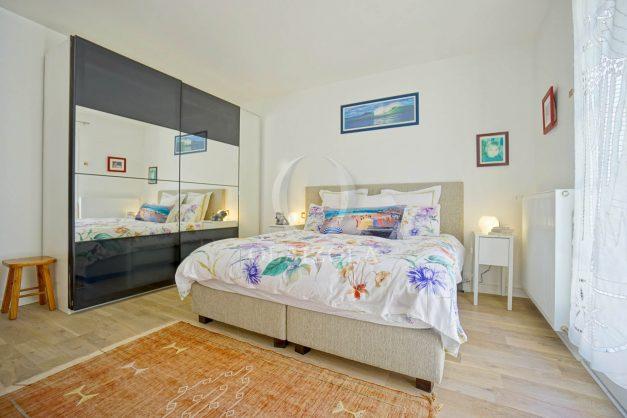 location-vacances-villa-arcangues-agence-olaizola-piscine-chauffée-plein-sud-terrasse-jardin-parking-garage-034