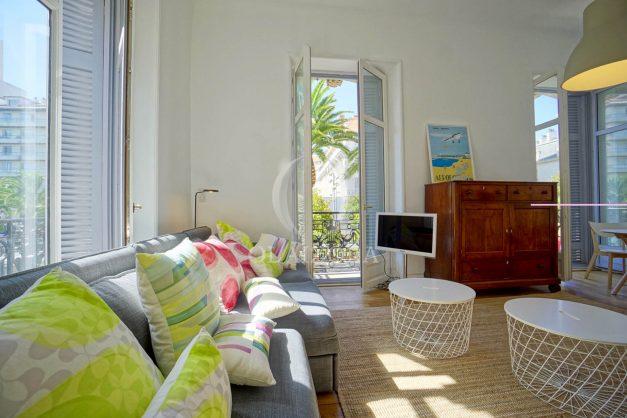 location-vacances-biarritz-magnifique-t3-80m-bellevue-balcons-plages-a-pied-commerce-a-pied-plein-centre-1etage-apercu-mer006