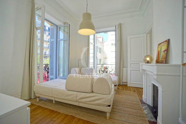 location-vacances-biarritz-magnifique-t3-80m-bellevue-balcons-plages-a-pied-commerce-a-pied-plein-centre-1etage-apercu-mer011