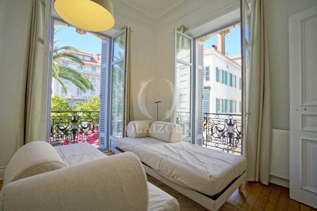 location-vacances-biarritz-magnifique-t3-80m-bellevue-balcons-plages-a-pied-commerce-a-pied-plein-centre-1etage-apercu-mer012
