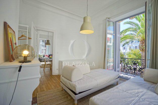 location-vacances-biarritz-magnifique-t3-80m-bellevue-balcons-plages-a-pied-commerce-a-pied-plein-centre-1etage-apercu-mer013