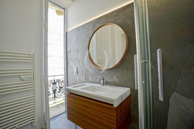 location-vacances-biarritz-magnifique-t3-80m-bellevue-balcons-plages-a-pied-commerce-a-pied-plein-centre-1etage-apercu-mer027